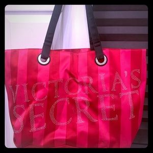 Victoria Secret/PINK Tote Bags & Crossbody